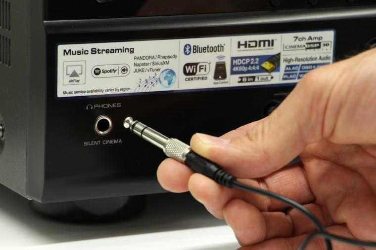 Les émetteurs Bluetooth Marmitek BoomBoom 50 et Marmitek BoomBoom 55 nécessiteront un adapteur mini-jack vers jack 6,35 mm pour la sortie casque des amplis hi-fi et home-cinéma