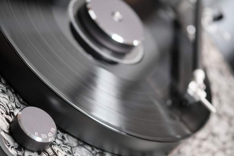 La platine vinyle Clearaudio Concept Active